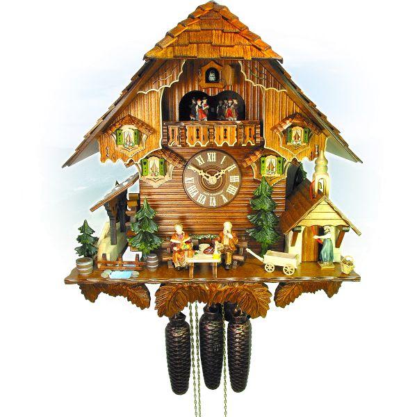 Cuckoo Clock Prag, August Schwer: Hof with chapel, Grandma Grandpa